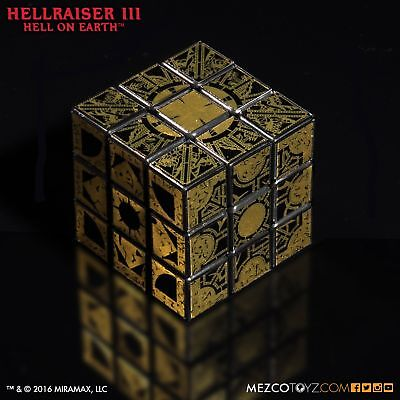 Mezco Pinhead Cube Hellraiser III: Hell on Earth Lament Configuration Puzzle