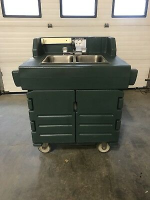 Cambro KSC402 Kiosk Portable Hand Wash Sink With Hot & Cold Water. Exc.