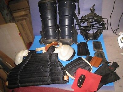 VINTAGE 70'S Baseball Umpire Gear Mask Chest Protector Leg Guard n BAG lot  52Z3