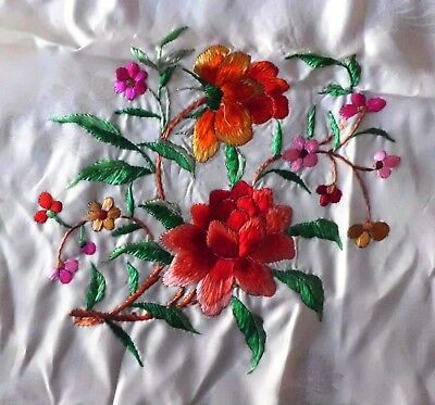Vintage Chinese Handed Silk Embroidered Scarf~Rose  ~1930'S广绣~玫瑰花~头巾