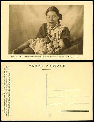 Caribour Eaters Tribe A Mother & Her Baby Tribu Mangeurs de Caribou Old Postcard