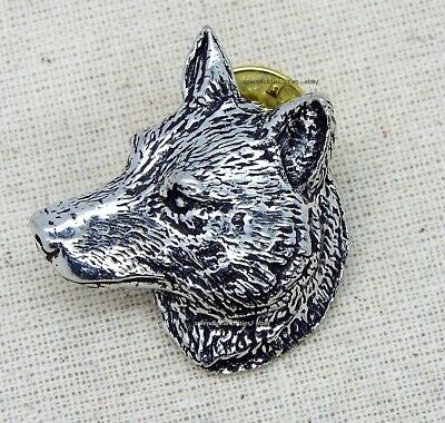 Wolf Head Pin Badge Brooch English Silver Pewter in gift pouch