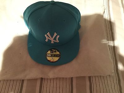 New Era 59fifty Fitted Cap New York Yankees Blue White Size 7 1/4 authentic