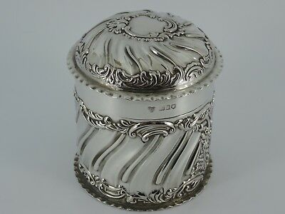 Stunning Solid Sterling Silver Embossed Tea Caddy Box London 1904 132G