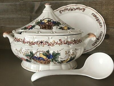 Vinatge Large Soup Tureen Japan with Ladle and Plate