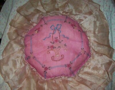 BEAUTIFUL ANTIQUE Vtg PINK VOILE PILLOW Hand Embroidered BASKET+FRENCH KNOT