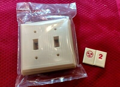 5 NOS Vtg Bakelite Ivory Ribbed Deco 2 gang Double Light Switch Plate Covers RJ2
