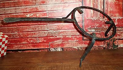 ANTIQUE Primitive HEARTH Fireplace Wrought Iron Apple Butter footed Trivet Stand