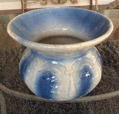 "Antique Primitive Salt Glaze Pottery Blue & White Cuspidor Spittoon 6x7.5"" VNC"