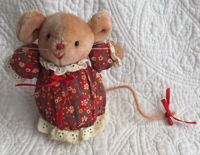 Vintage Miss Molly Mouse Pomander Avon Gift Collection Christmas Mouse 1980s