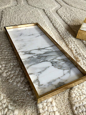 Marble and brass edge tray - Calacatta marble and solid brass - 30 x 15 x 1.9 cm
