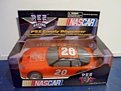 Pez Nascar Racing Car Dispencer Pull and go action #20