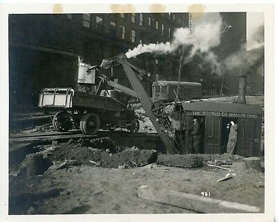 Vintage 8x10 Photo Osgood STEAM Shovel at Work in a City