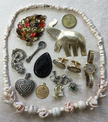 Vintage Lot of Mixed Costume Jewelry - Necklace, Pendant, Earrings, Brooches etc