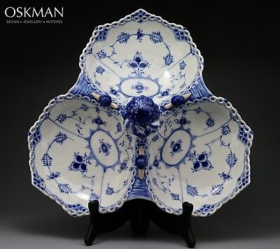Extremely Rare Serving Dish nr 1005 - Royal Copenhagen Blue Fluted