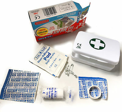 20 Piece First Aid Kit Bag Medical Emergency Kit. Travel Home Car Taxi Workplace