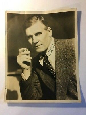 """Walter Huston Early Vintage Original Autographed 8"""" by 10"""" Photo Dodsworth"""