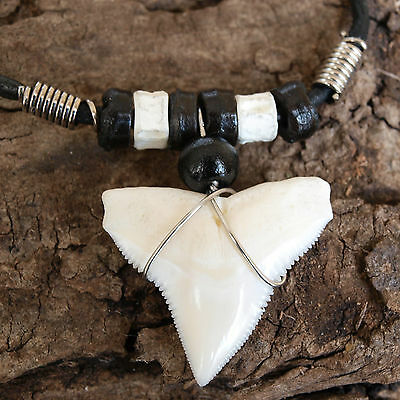 LARGE 25 - 28mm BULL SHARK TOOTH BLACK LEATHER CORD NECKLACE BACK BONE BEAD 19