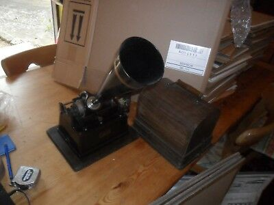 A good Edison Gem working cylinder Phonograph plus 1 record