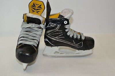 Bauer Supreme 1S Youth Ice Hockey Skates Size 12D (0205-BA-1S-Y12D)