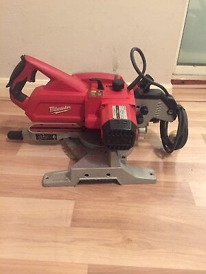 Milwaukee Sliding Mitre Saw