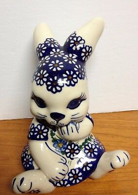 Lovely Polish Pottery RABBIT BUNNY Figurine UNIKAT Hand Made in Poland ANDY