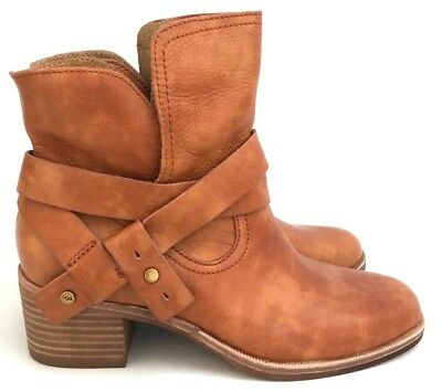 45a5dc66995 UGG ELORA LEATHER Chestnut Women's Ankle Boots Size 6, 8.5