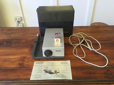 Vintage Rollei Projektor R35A Electric Slide Projector in its case. Tested.