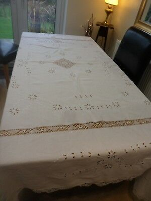 VINTAGE WHITE COTTON / LINEN PATTERNED  EX LARGE TABLECLOTH 95 x 80 in CHRISTMAS