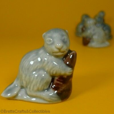 Wade Whimsies (Series 4 Retail Issues) Set #2 (2000) Animals (B) - #8 Beaver