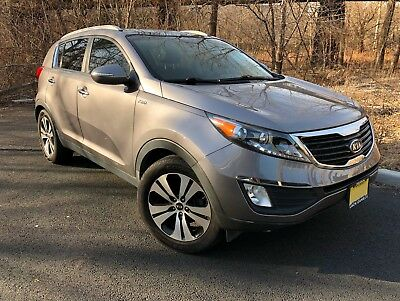 2011 Kia Sportage AWD 4dr EX panoramic roof leather interior 2011 Kia Sportage AWD EX 61'600miles