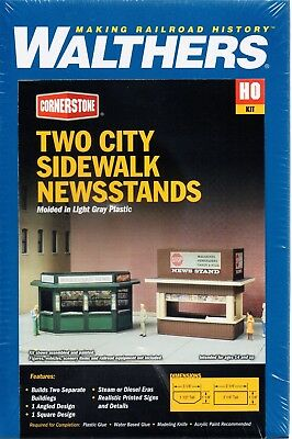 HO Scale Walthers Cornerstone 933-3773 Two City Sidewalk Newsstands Kit