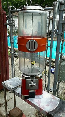 25 Cent Beaver Toy Capsell Or Large Gum Machine 70's Working Off Route