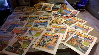 Bundle of 34 Lion and Thunder comics from  1971