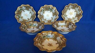 Excellent Nippon Scenic Berry Bowls. Gold beaded moriage.MINTY! Maple leaf mark.