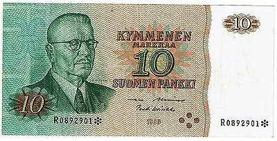 Finland 10 Markkaa 1980 With star, replacement note (B304)