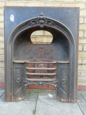 Georgian FIREPLACE with Grate - Excellent Condition - Cast Iron - Elegant