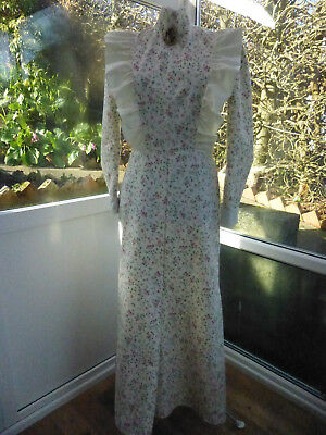 Pretty Victorian Style Long Dress Size 10/12