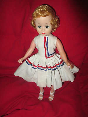 """Beautiful Madame Alexander Vintage 9 1/2"""" Cissette In Tagged Outfit"""