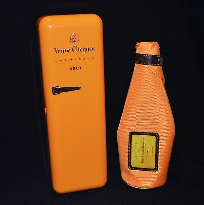 Veuve Clicquot Champagne Fridge Carry Case & Bottle Sleeve