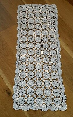 VINTAGE CROCHET LACE TABLE RUNNER soft white cotton 108 x 40cm