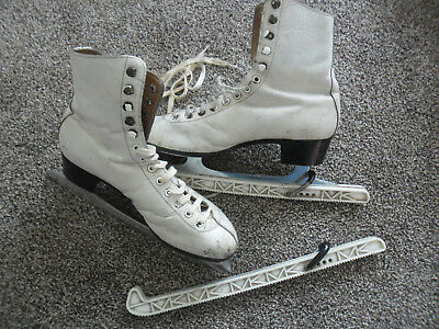 Ladies Ice Skates - Size 7 - For Practicing
