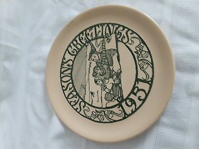 1951 Buffalo Pottery Christmas Plate