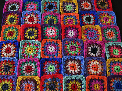 42 Beautiful Crochet Starburst Granny Squares, Crocheted Motifs.