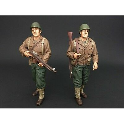 1/18 Scale figure- WWII US Army Soldiers I & II - AD-77410&11 - AMERICAN DIORAMA