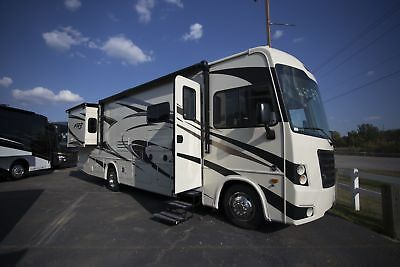 30DS 2018 Forest River FR3 Class A Gas Motorhome Ford Triton V10 RV Camper