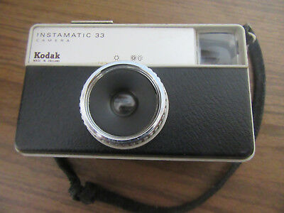 Kodak Instamatic 33 Camera - Vintage