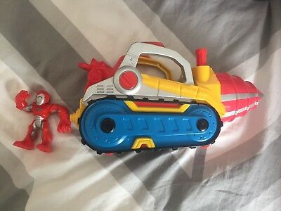 Playskool Heroes Super Adventures Repulsor Drill with Iron Man. Hasbro