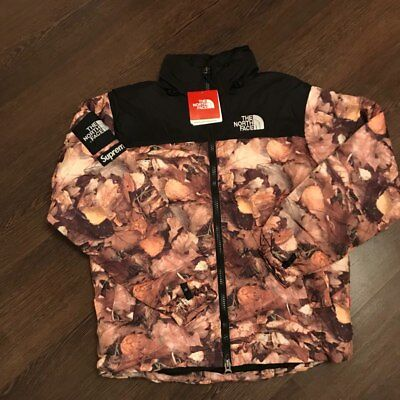 Supreme X The North Face Nuptse Jacket size M GIACCA Nuptse foglie