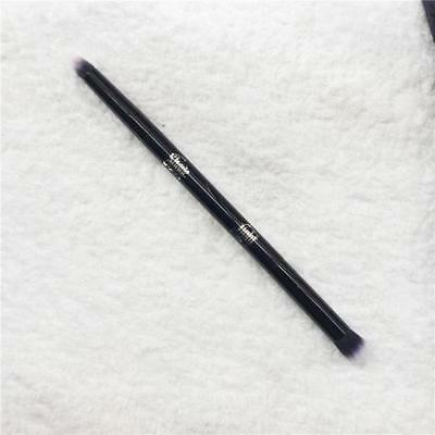 Kat Von D Shade and Light Eye Contour Brush - Brand New